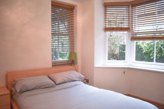 Bright and Cosy 1 Bedroom Flat Near the Train Station