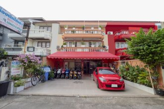 OYO 1099 Star House
