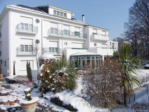 Logis Hotel Le Miramont