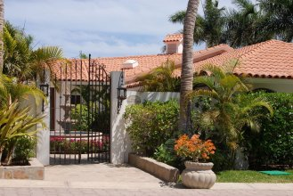 Charming Villa Estrella de Mar in Punta Bella