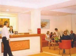 Perros  Hotel