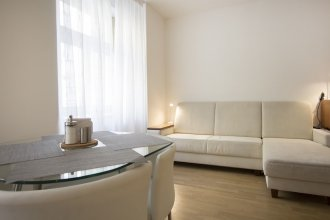 Luxurious Apartment near Prague Castle