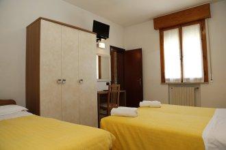 Hotel Villa Dina