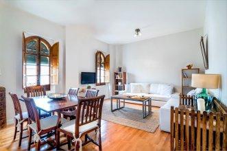 Cozy & Bright 2 Bd Apartment, Plaza de la Maestranza