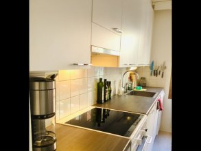 Large artsy apartment in Pasila