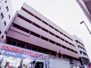 OYO 166 Melody Queen Hotel