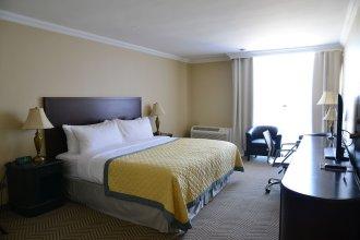 Edward Hotel North York