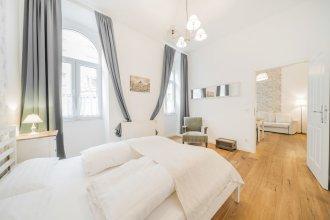 Vienna Vintage Apartment