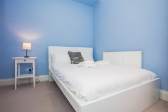 Stunning 2 Bedroom Apartment in Battersea