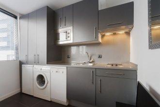 Dobo Homes Manoteras I Apartment