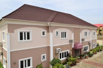 Auris Court Suites And Apartments