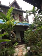 Shanti Lodge Phuket