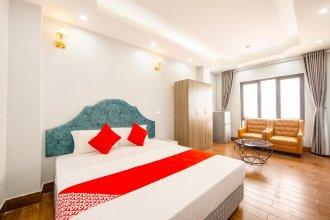 OYO 411 Van Nam Hotel
