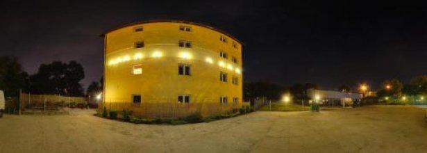 Hostel m-7