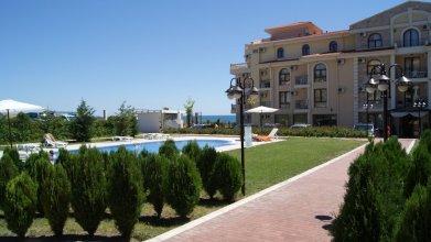 Menada Royal Bay Apartments