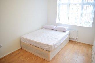 3 Bedroom Shadwell Flat