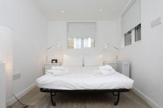 Studio Apartment in Clapham Common