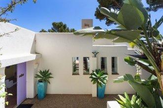 Mallorca front line property sea access
