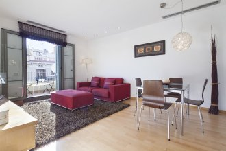 Classic Spanish Apartment in the golden neighborhood - B347