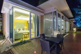 Sunset Oceanfront Villa by PIPS