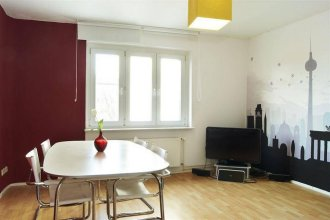 City-Center 3-room Apartment in Mitte