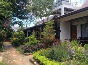 Nawng Kham The Little Inn