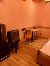 Moisha Apartment Kotlyarskaya 10-22