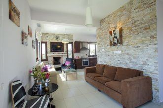 Villa Grecos Grove