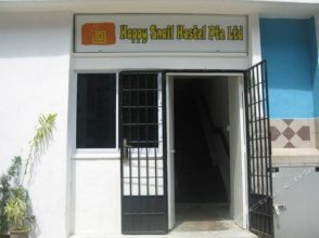 Happy Snail Hostel