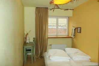 Ala Hostel & Apartments