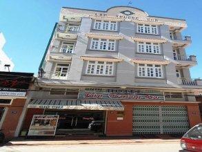 Lap Truong Son Hotel