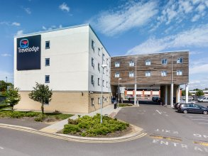 Travelodge Sunbury M3
