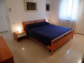 Fabulous Villa in Barasso Near Lake