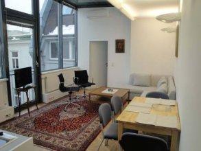 Living Vienna Apartment