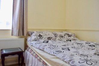 Modern 3 Bedroom Flat in Southwark