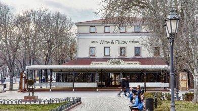 Отель Wine&Pillow