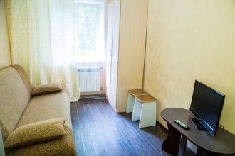 Apartment on Metallurgov 41
