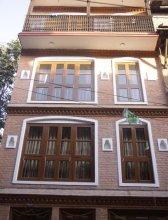 Malla Guest House