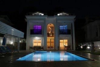 Usan Villa by Angel Rentals