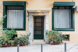 Monastiraki Apartments by Livin Urbban
