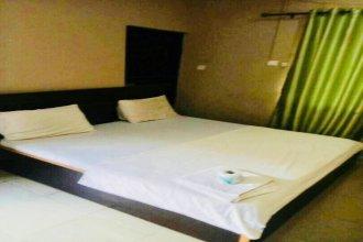 Momak 4 Hotel & Suites