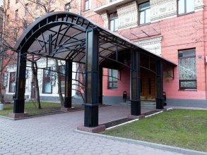 Отель Максима Заря