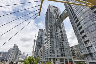 Downtown Toronto Luxury Condo