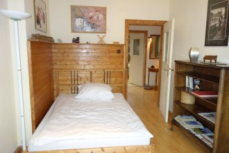 Tolstov-Hotels Big 2 Room Apartment with Balcony