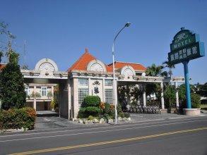 Travel Road Hotel