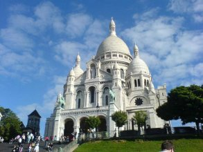 Constance - Paris Montmartre