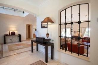 5 Star Villa for Rent in Quinta do Lago Resort, Algarve Villa 1055
