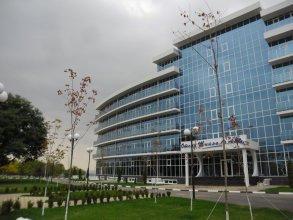Отель Тийналла