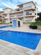 Apartment With one Bedroom in Olhos de Agua, With Shared Pool, Furnished Terrace and Wifi