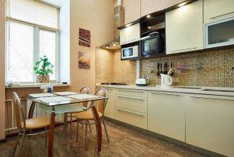 Апартаменты Home-Hotel, ул. Лысенко, 1